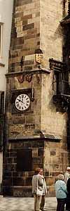 西暦1415年、ボヘミア(現チェコ)にあるプラハ大学の学長にして宗教改革者ヤン・フスが処刑された。